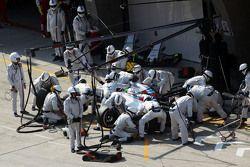 Felipe Massa, Williams FW37 faz pit stop