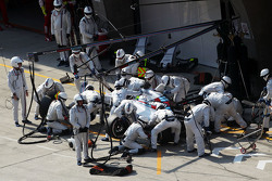 Felipe Massa, Williams FW37 faz pit stop