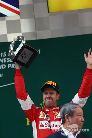 Третье место - Себастьян Феттель Ferrari