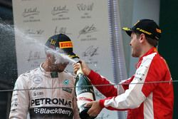 Lewis Hamilton, Mercedes AMG F1 Team et Sebastian Vettel, Scuderia Ferrari