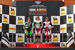 Podium : le deuxième, P.J. Jacobsen, Kawasaki, le vainqueur, Kenan Sofuoglu, Kawasaki, le troisième, Kyle Smith, Pata Honda