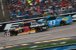 Ryan Newman, Richard Childress Racing Chevrolet ve Aric Almirola, Petty Racing Ford