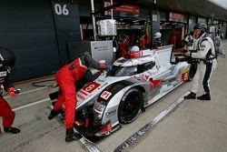 #8 Audi Sport Team Joest R18 e-tron quattro : Lucas di Grassi, Loic Duval, Oliver Jarvis