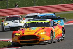#97 Aston Martin Racing Vantage V8: Darren Turner and Stefan Mücke