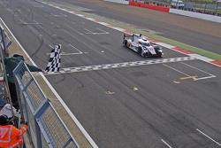 Race winners: #7 Audi Sport Team Joest R18 e-tron quattro: Marcel Fassler, Andre Lotterer, Benoit Tr