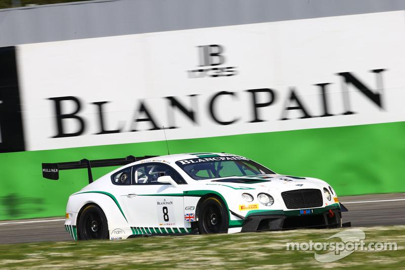 #8 Bentley M-Sport Bentley Continental GT3: Maximilian Buhk, Maxime Soulet, Andy Soucek