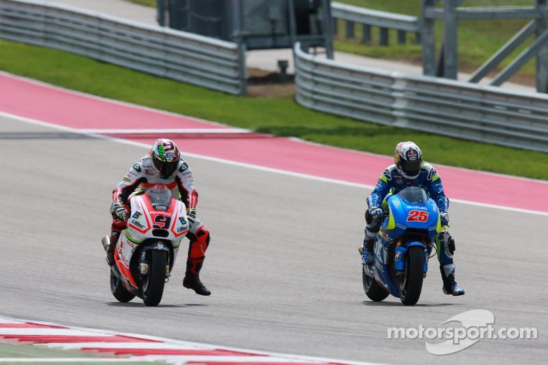 Maverick Viñales, Team Suzuki MotoGP, und Danilo Petrucci, Pramac Racing