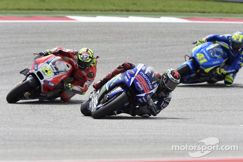Jorge Lorenzo, Yamaha Factory Racing; Andrea Iannone, Ducati Team, und Aleix Espargaro, Team Suzuki
