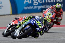 Valentino Rossi, Yamaha Fabrika Takımı ve Andrea Dovizioso ve Andrea Iannone, Ducati Takımı
