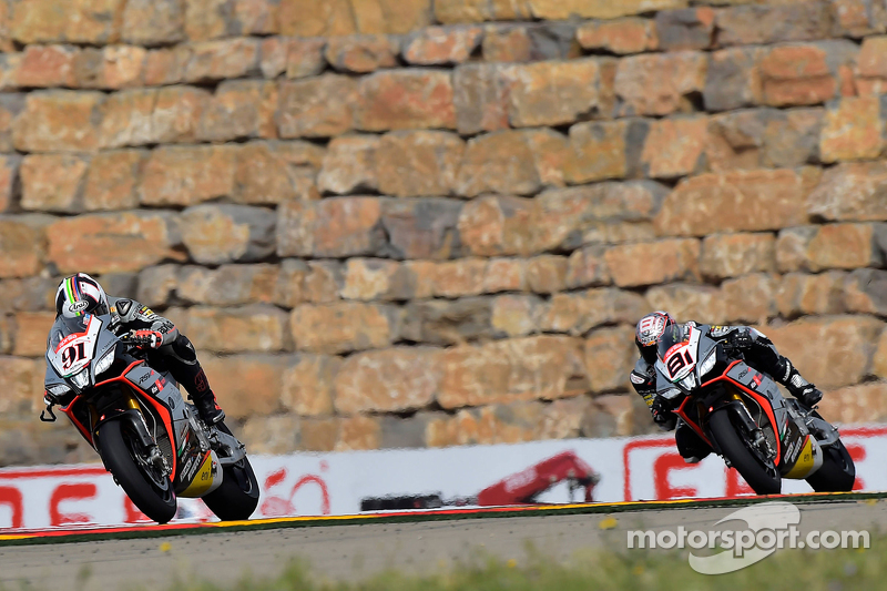 Leon Haslam, Aprilia Racing Team,, dan Jordi Torres, Aprilia Racing Team