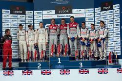Podium: race winners Benoit Tréluyer, Marcel Fassler, Andre Lotterer, second place Romain Dumas, Nee