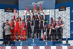 GTE-Am-Podium: 1. Paul Dalla Lana, Mathias Lauda, Pedro Lamy; 2. François Perrodo, Emmanuel Collard,
