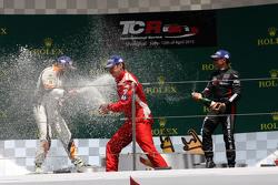 第二场比赛领奖台:第一名Andrea Belicchi, SEAT Leon Racer, Target Competition;第二名Stefano Comini, SEAT Leon Racer,