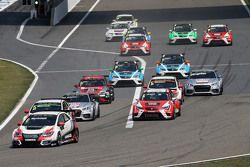Le départ de la course 1