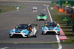 Michel Nykjaer, SEAT Leon Racer, Target Competition and Stefano Comini, SEAT Leon Racer, Target Competition