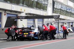 Parada en pits Mattias Ekström, Audi Sport Team Abt Sportsline, Audi A5 DTM