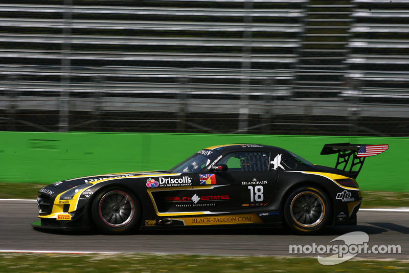 #18 Black Falcon, Mercedes SLS AMG GT3: Oliver Morley, Sean Johnston, Maro Engel