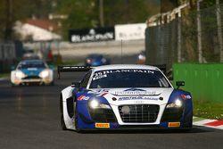 #35 Sainteloc, Audi R8 LMS Ultra: Edward Sandström, Edoardo Mortara, Grégory Guilvert