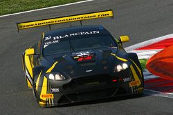 #32 Leonard Motorsport AMR Aston Martin Vantage GT3 : Stuart Leonard, Paul Wilson, Michael Meadows