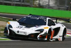 #59 Von Ryan Racing, McLaren 650S GT3: Bruno Senna, Alvaro Parente, Adrian Quaife-Hobbs