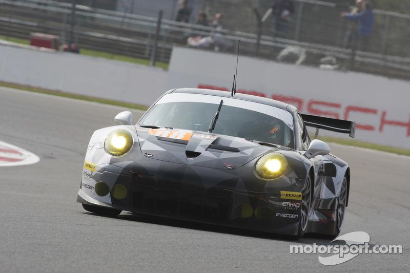 #88 Proton Competition, Porsche 911 RSR: Klaus Bachler, Khaled Al Qubaisi, Christian Ried
