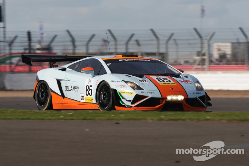#85 Gulf Racing UK Lamborghini Gallardo LP560 GT3: Roald Goethe, Daniel  Brown,