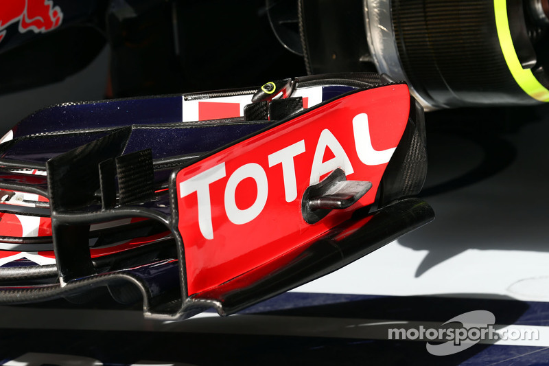 Red Bull Racing RB11 detail sayap depan