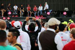 Даниэль Риккардо, Red Bull Racing, Льюис Хэмилтон и Нико Росберг, Mercedes AMG F1, Себастьян Феттель
