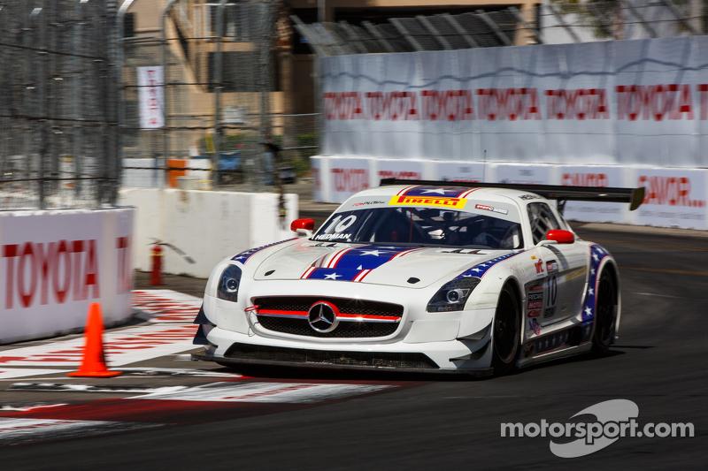 #10 DragonSpeed, Ferrari 458 GT3 Italia: Henrik Hedman