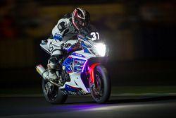 #37 Suzuki: Julien Gallerand, Franck Leblanc, Charles Roche