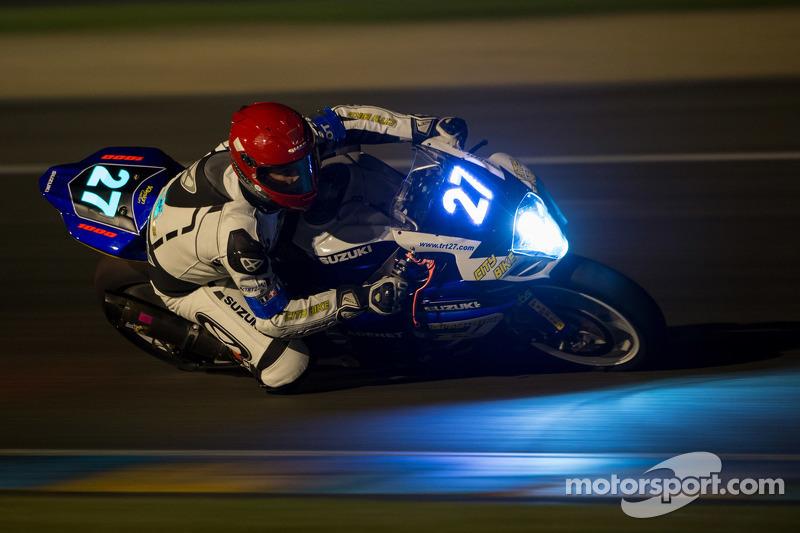 #27 Suzuki: Axel Aynie, Jonathan Goetschy, Clive Rambure, Julien Rozier