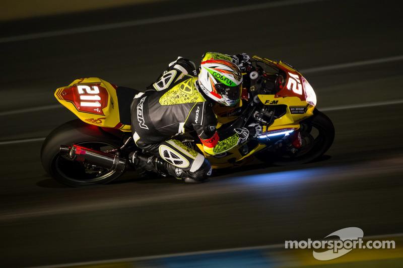 #211 Suzuki: Steve Langlois, Romain Pertet, Geoffroy Dehaye, Benjamin Colliaux