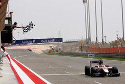 Stoffel Vandoorne, ART Grand Prix takes the win