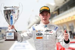 Race winner Stoffel Vandoorne, ART Grand Prix