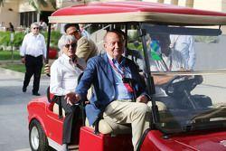 El ex rey español Juan Carlos con Bernie Ecclestone