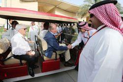 El ex rey español Juan Carlos y Bernie Ecclestone