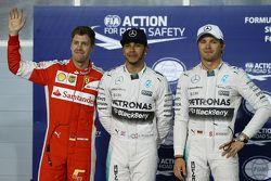 Pole para Lewis Hamilton, Mercedes AMG F1, segundo para Sebastian Vettel, Ferrari SF15-T y el tercero para Nico Rosberg, de Mercedes AMG F1 W06