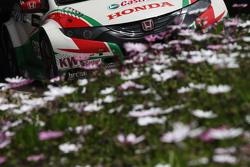 Des fleurs et une Honda