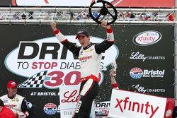 比赛获胜者 Joey Logano,Penske福特车队