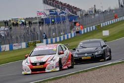 Gordon Shedden, Honda Yuasa Racing et Colin Turkington, Team BMR