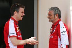 James Allison, Ferrari, Technischer Direktor Chassis, mit Maurizio Arrivabene, Ferrari-Teamchef