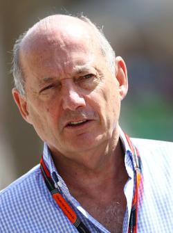 Ron Dennis, McLaren, Geschäftsführer