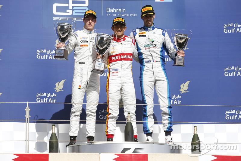 Sesi foto podium setelah Sprint Race GP2 Bahrain.