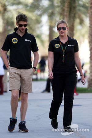 Romain Grosjean y Aurelie Donzelot, Lotus F1 Team Media Manager Comunicaciones