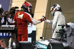 Кими Райкконен, Ferrari and Льюис Хэмилтон, Mercedes AMG F1