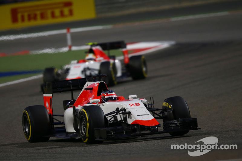Will Stevens, Manor F1 Team lleva su compañero de equipo Roberto Merhi, Manor F1 Team