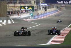 Nico Hulkenberg, Sahara Force India and Felipe Nasr, Sauber F1 Team