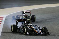 Sergio Perez, Sahara Force India F1 VJM08 bloqueó de frenos