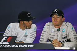 Race winner Lewis Hamilton, Mercedes AMG F1 and third placed team mate Nico Rosberg, Mercedes AMG F1 in the post race FIA Press Conference