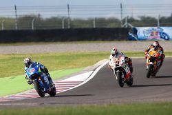Maverick Viñales, Team Suzuki MotoGP en Danilo Petrucci, Pramac Ducati en Stefan Bradl, Athina Forwa